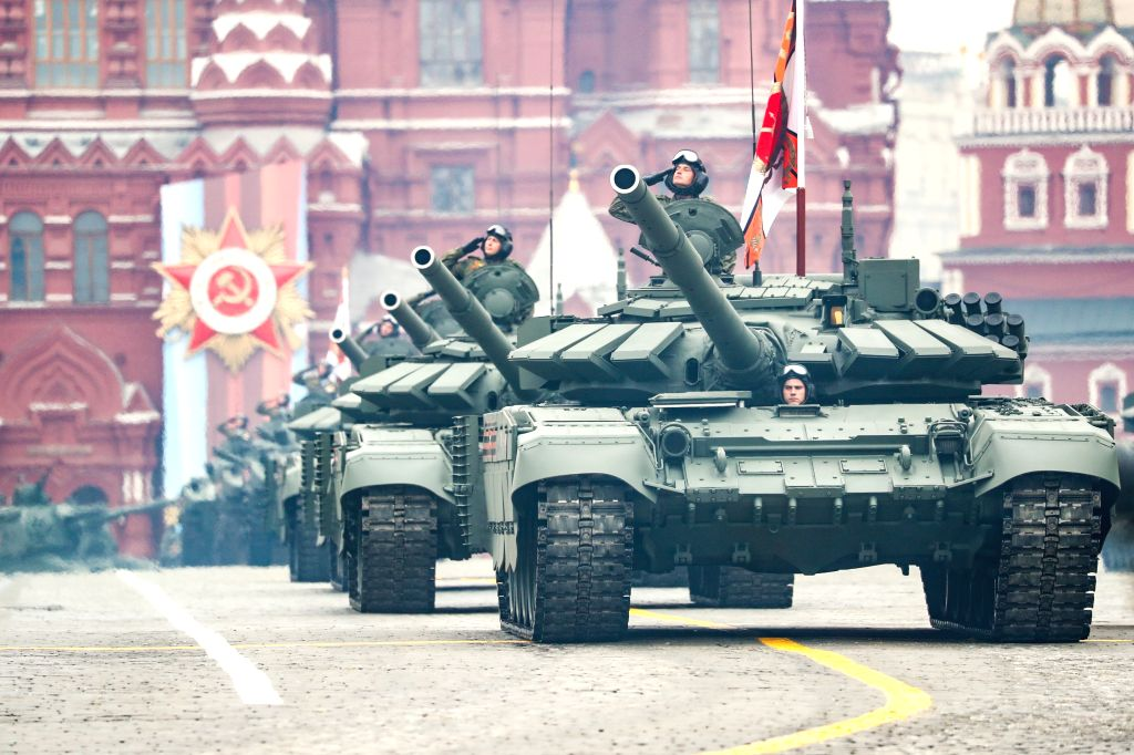 moscow-may-9-2019-russian-t-72b3-battle-tanks-835872